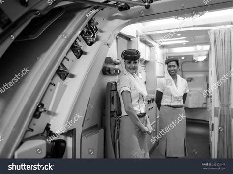 emirates flight attendants based in hong kong oppose wearing china hong kong june 18 2015 emirates stock photo 323303447