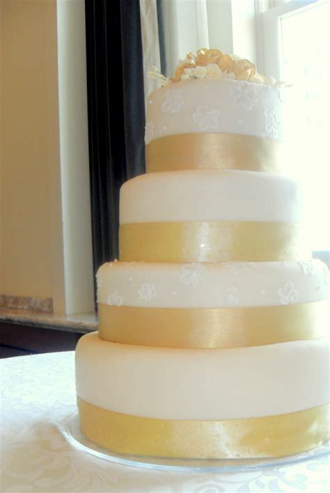 Cake Couture: Mike and Nadia's Wedding Cake : Utah Wedding