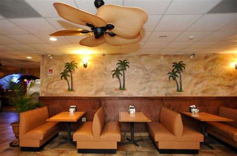 cat5 mid county eatery offers taste of the tropics