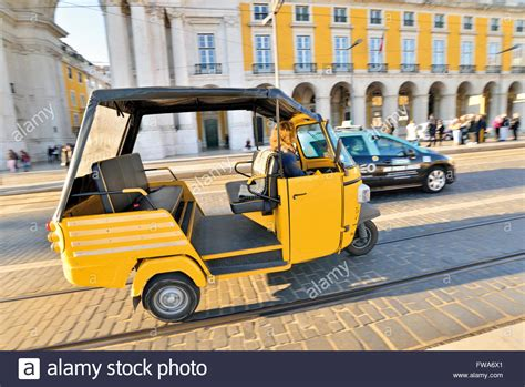 Motorrad Transport Zug Spanien by Transports Stockfotos Transports Bilder Alamy