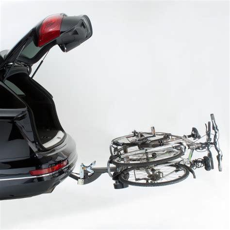 porte velo sur voiture porte vlo plateforme 2 vlos par les porte vlos mottez