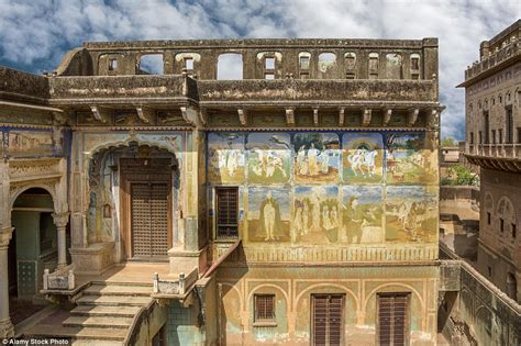 Luxurious Homes Interior the ghost towns of abandoned mansions in shekhawati