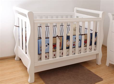 White Wooden Cribs by China Wooden Baby Cot Baby Crib In White For Australia