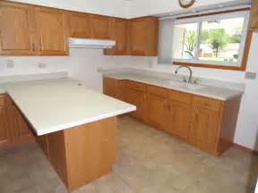 Diy Kitchen Cabinets Refacing by Minimize Costs By Doing Kitchen Cabinet Refacing