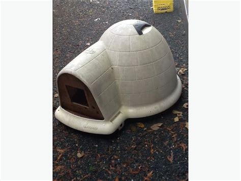petsmart dog houses igloo petsmart indigo dog igloo parksville nanaimo