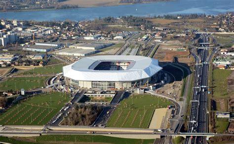 Dernier Grangé by L Olympique Lyonnais Inaugure Le Dernier Grand Stade De L
