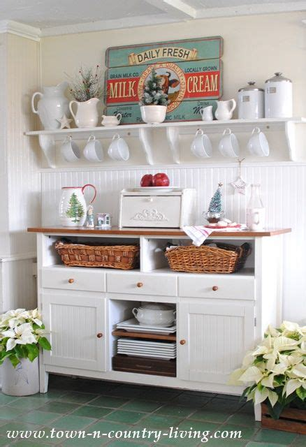country cottage kitchen decor 2956 best kitschy kitchens images on