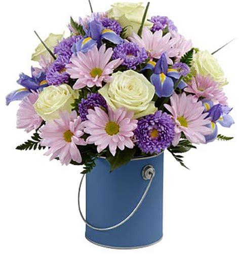 Ilumina Su Mundo Arreglo De Flores P 250 Rpura Http Garden District Flowers Bakersfield