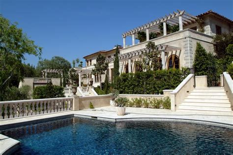lionel richie home lionel richie s 11 4 mil property sits on los angeles