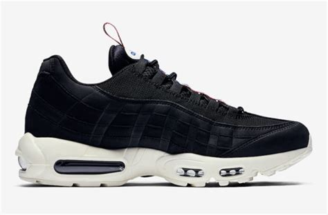 Nike Air Max Unique Shape unique pull tabs are on this nike air max 95
