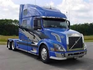 Volvo 18 Wheeler For Sale 18 Wheeler Volvo Truck Show Volvo Truck Blue Condo