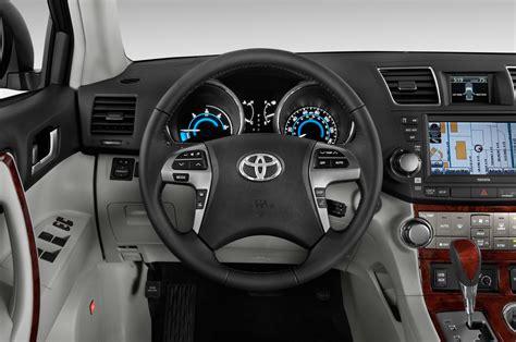 how cars engines work 2011 toyota highlander transmission control 2011 toyota highlander hybrid reviews and rating motor trend