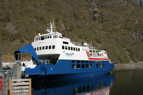 express boats from bergen from flam bergen train again or ferryboat