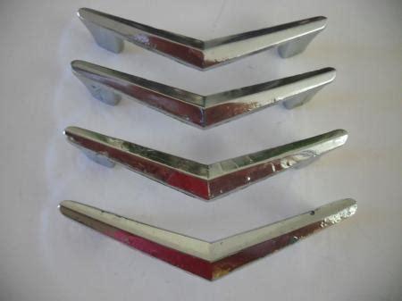 chrome chevron drawer pulls 4 vintage chrome plated chevron boomerang drawer pulls