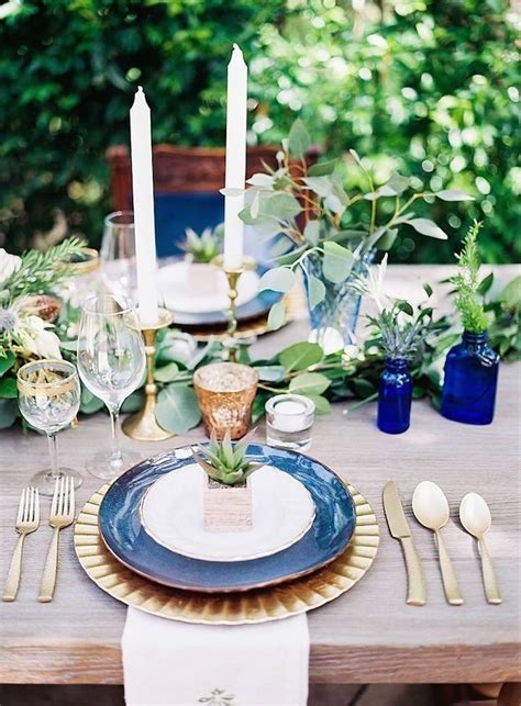Sophisticated Navy Wedding Inspiration Shoot   MODwedding