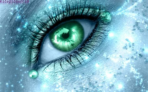 wallpaper of green eyes pictures world beautiful eyes wallpapers