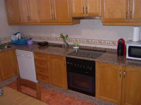 191 se puede cambiar el alicatado tocar los muebles gallery of muebles de cocina de distinto color pisos al d