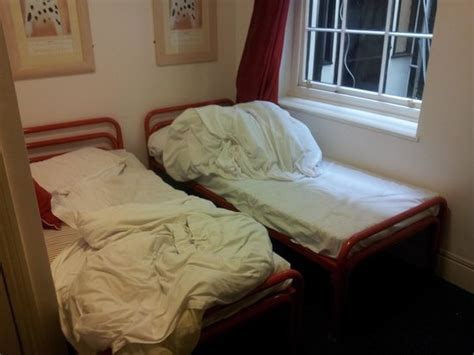 when were beds invented beds were not made up on arrival foto van astor museum hostel londen tripadvisor