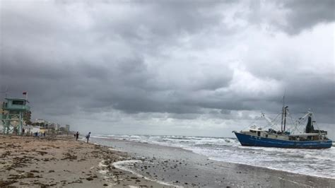 shrimp boat in ormond beach salvage continues for grounded shrimp boat near daytona beach