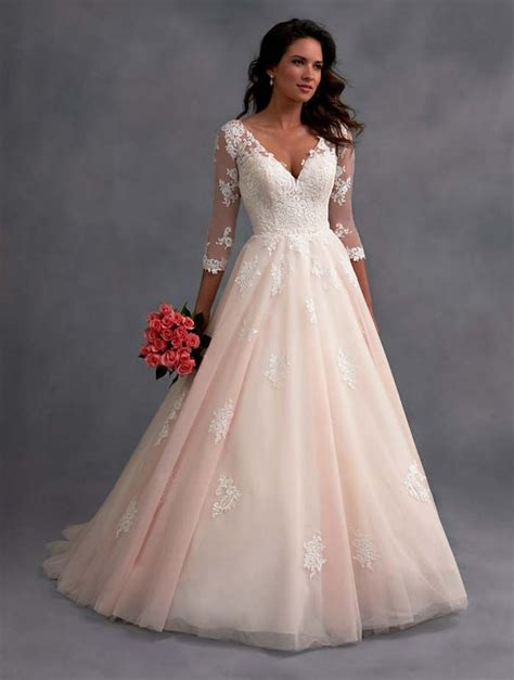 hochzeitskleid in rosa 25 best ideas about pink wedding dresses on pinterest