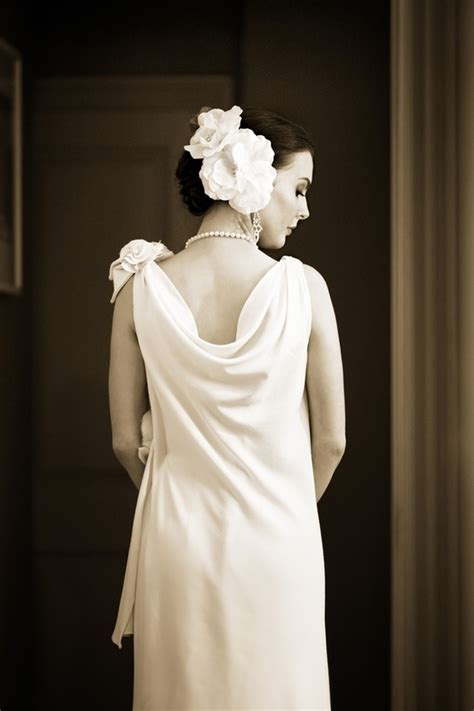Wedding Dresses 1930 S Style by Vintage Wedding Ideas 1930s Bridal Style Gowns 3 Onewed