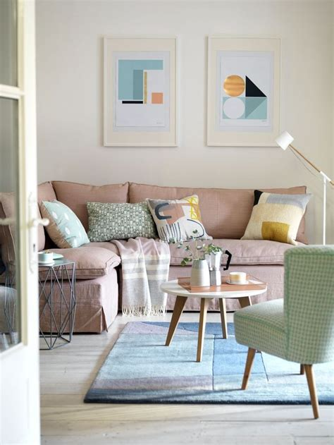 Soft Green Living Room by 25 Best Ideas About Background Colour On