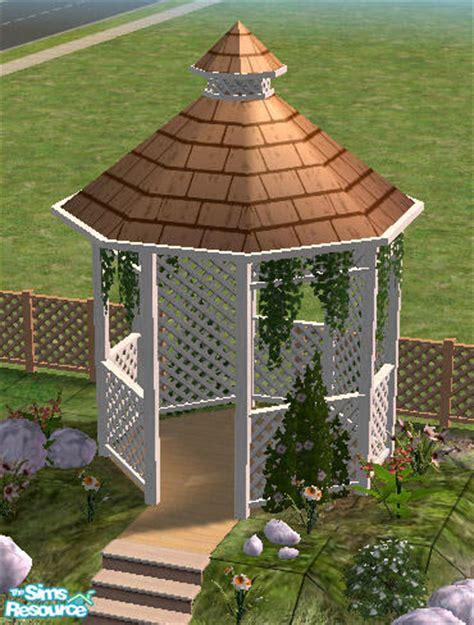 White Trellis Garden Simaddict99 S Trellis Garden Gazeboo Roof White