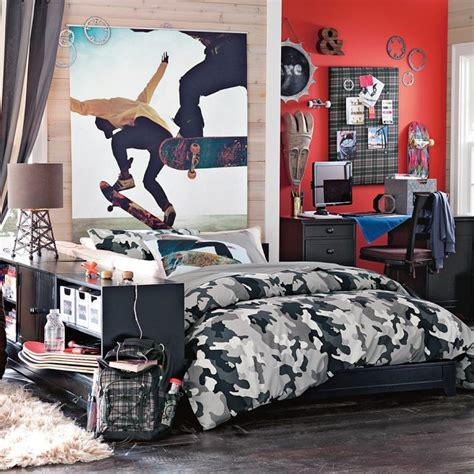 skateboard bedroom decor cool room designs for guys skateboarders skateboard room