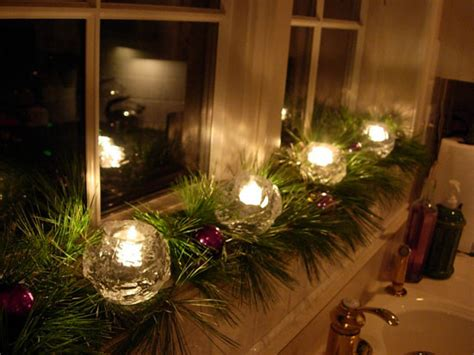 window sill christmas decorations candleglow in the windows in my own style