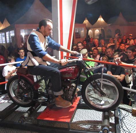 Bmw Motorrad Mobile De by Wei 223 Blaue Zweirad Sause Bmw Motorrad Days In Garmisch Welt