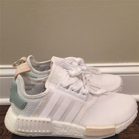 Adidas Nmd R1 Tactile Green W By3033 100 Original adidas brand new adidas nmd s white tactile green