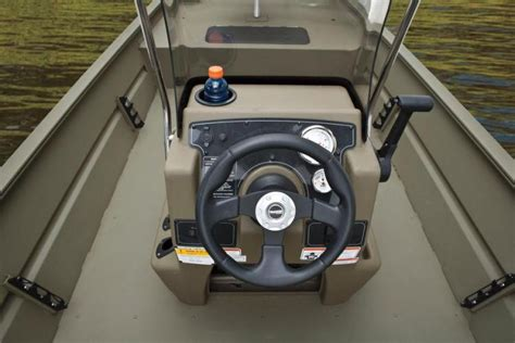 tracker jon boat console research 2014 tracker boats grizzly 1860 cc on iboats
