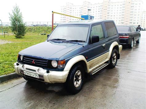 how petrol cars work 1991 mitsubishi pajero user handbook 1991 mitsubishi pajero pictures 2 5l diesel automatic for sale