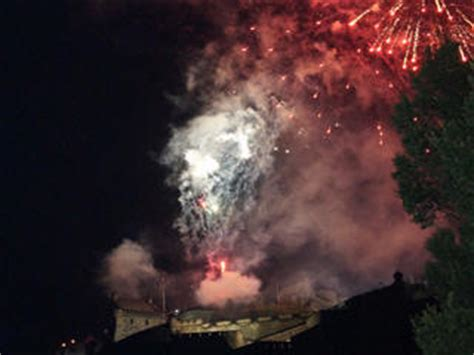 edinburgh tattoo cam edinburgh tattoo 2018 live stream tv webcam dates