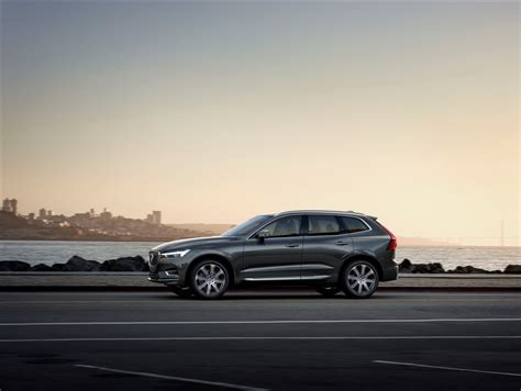 Who Makes Volvo Volvo S All New Xc60 Suv Makes Global Debut 80 Pics