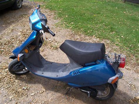 honda elite honda elite s r se50 motor scooter guide