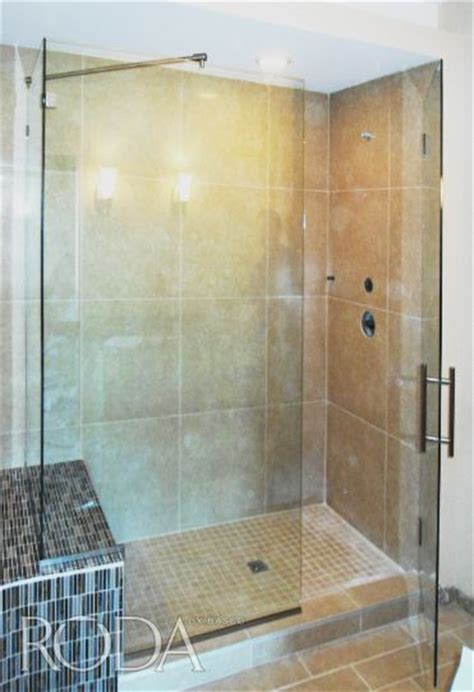 Roda By Basco Dresden Door Panel Enclosure Featuring 3 Roda Shower Door