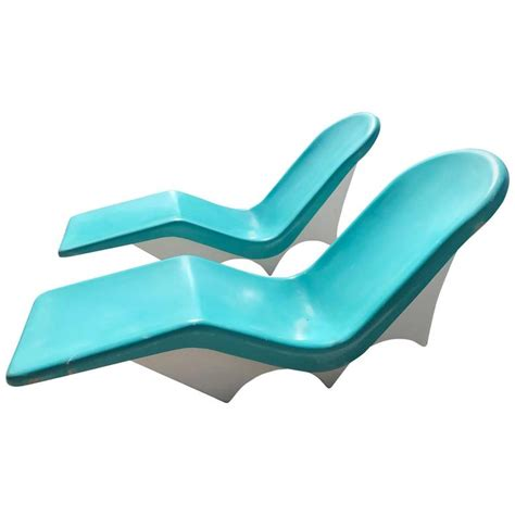 White Pool Lounge Chairs by White Plastic Pool Lounge Chairs Plastic Chaise Lounge
