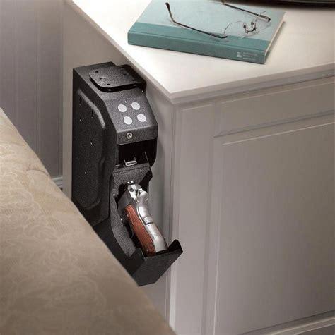 pin  gun displays  storage