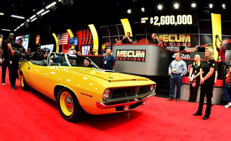 auto bid auction trade program how to bid collector cars mecum auctions