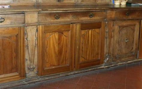 restauro mobile restauro mobile da sacrestia in noce antica maniera