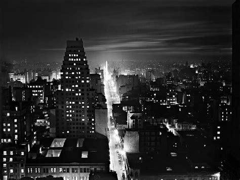 imagenes urbanas nocturnas metamorfosis de una ciudad