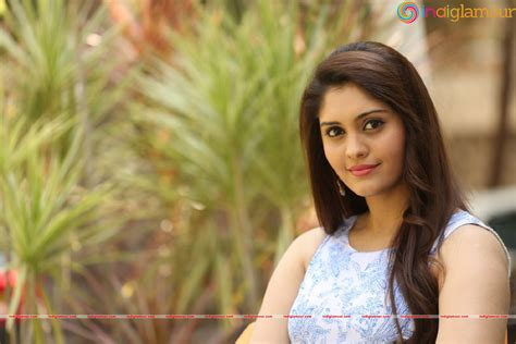 actress surabhi gallery surabhi actress photo gallery