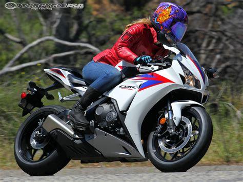superbike honda cbr 2012 honda cbr1000rr superbike street smackdown photos