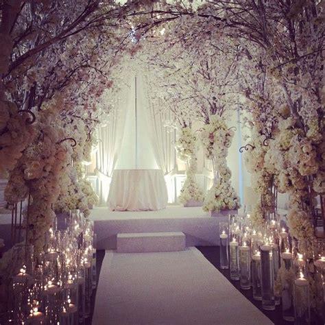 23 stunningly beautiful decor ideas for the most breathtaking indoor outdoor wedding 23 stunningly beautiful decor ideas for the most breathtaking indoor outdoor wedding