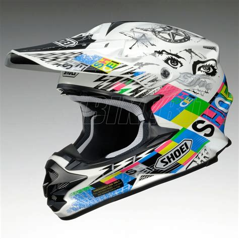white motocross helmet 78 best ideas about motocross helmets on dirt