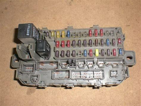 96 97 98 99 00 Oem Honda Civic Interior Under Dash Fuse