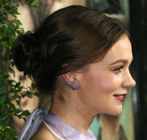 suffragette hairstyles carey mulligan loose bun carey mulligan looks stylebistro