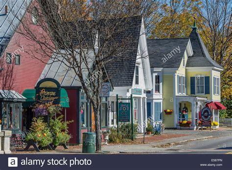 quaint town stock photos quaint town stock images alamy quaint shops along main street woodstock vermont usa