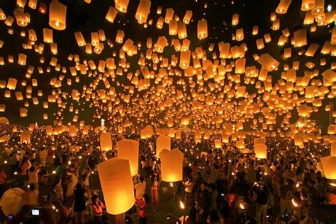 the breathtaking thai lantern festival